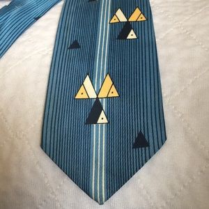(4 for $14) Vintage necktie ( mid 1960's)